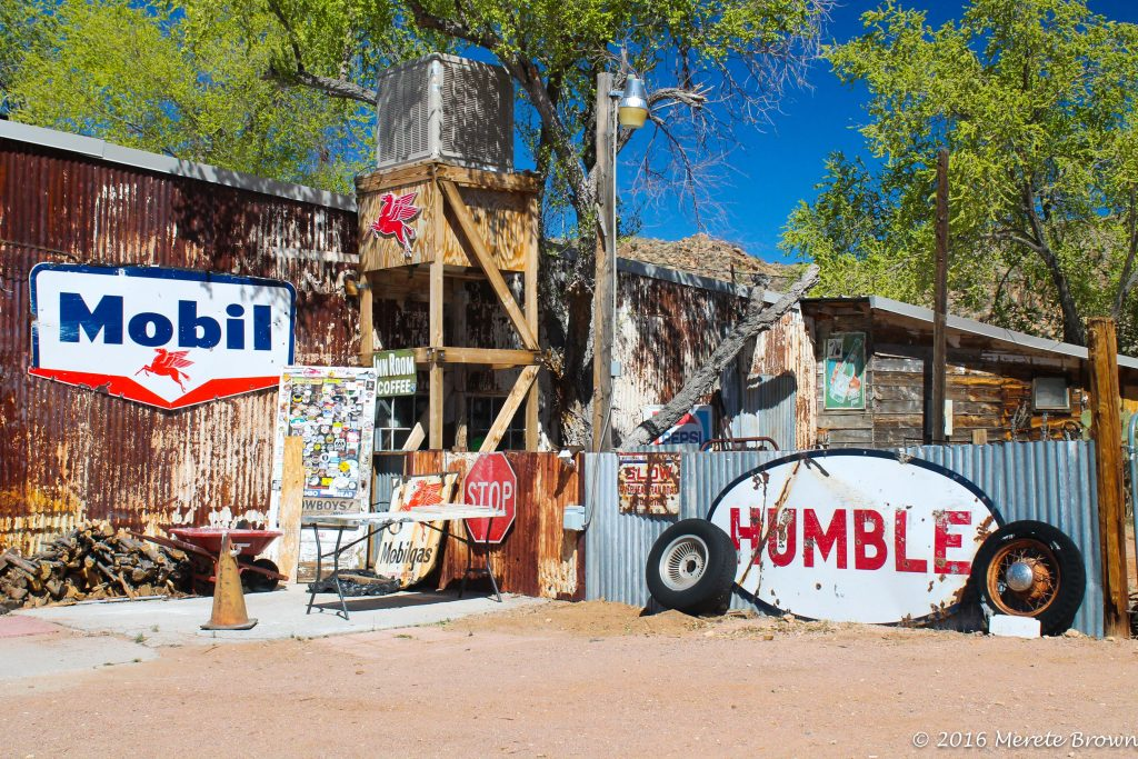 It's All About the Signs on Route 66